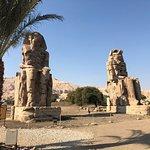 Photo de Colossi of Memnon