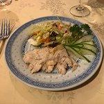 Salade de poulet mariné au vin