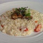 Foto de Isola bar & grill