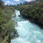 Huka Falls tracks صورة فوتوغرافية