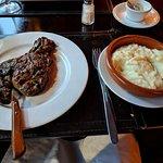 Foto de La Perdiz Restaurant & Parrillada