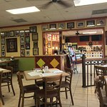 ภาพถ่ายของ Azucar Restaurant and Bakery