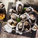 Dozen Oysters natural