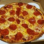 صورة فوتوغرافية لـ Solorzanos Late Night Pizzeria