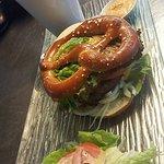 Bretzel burger