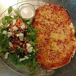 métà-métà ( 1/2pizza et 1/2 salade )