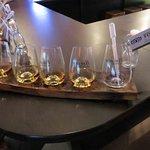 Seleção de whiskeys para degustação