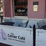 صورة فوتوغرافية لـ The Corner Cafe