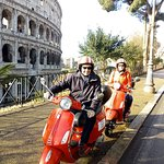 Discover Rome in few time on board of a Vespa. 