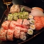 Plate with 20 pieces of sushi