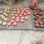 macarons café, framboise et chocolat