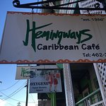 Foto de Hemingways Caribbean Cafe