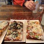 Bezzo Pizza의 사진