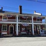The Brick Store Foto
