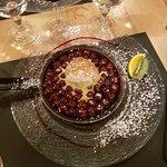 La poêlée de cerises flambées et glace vanille