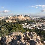 フィロパポスの丘からのアクロポリス