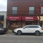 Ian and JoJo's Pizzeria & Restaurant