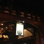 Menger Bar resmi