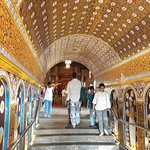 The tunnel through which to enter the temple. It is necessary that your dress is acceptable to e