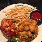 Mini lobster and scallops rolls....very good!!