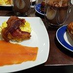 Foto de Petrossian Boutique & Café