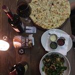 Photo de Piza e vino