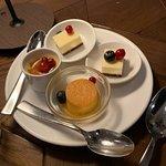 Bild från Al Dawaar Revolving Restaurant