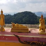 Tiger Cave Temple (Wat Tham Suea) Foto