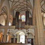 Церковь с картиной Тинторетто, а также изображением фюрера и дуче – 16