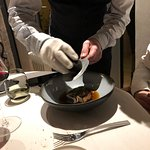 Préparationet découpage de fines tranches de truffe