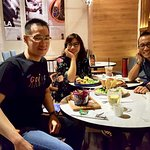 Gathering Dinner with my brother Tek Djiang and Indra   Good taste in here.  English breakfast good taste.  Pizza Mushrooms and meat with chesse yummy too.   Wakame Tuna Salad healthy salad with sawed  Burger yummy too And mocha ice.   Good taste.