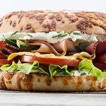 l'extreme dinde pastrami sur pain fromage