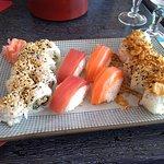 California thon cuit avocat, sushi thon et saumon, california oignons frits saumon avocat