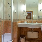 Allergiker Einzelzimmer   Badezimmer - KAISERHOF WIEN