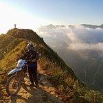 RenRental Motorbike Vietnam - On the roadtal Motorbike Vietnam - On the road