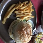 Foto de Jungle Burger Sports Bar & Bistro