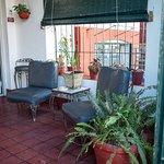 Hostal Villa Romero, Calle 5ta n. 457 entre Paseo y A, El Vedado, La Habana, Cuba