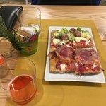 Broccoli e salsiccia - pancetta e cipolla rossa