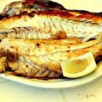 Очень большая, нежная, вкусная рыбина с нежным, белым мясом была, с некоторым трудом, но успешно и с удовольствием съедена вдвоем