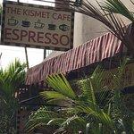 The Kismet Cafe & Wellness Market Foto