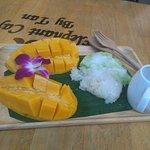 Billede af Elephant Cafe' by Tan