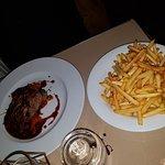 Excellent repas : gambas  bavette    crumble quetsches  millefeuille revisité