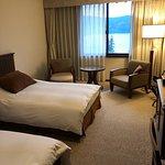 Un hotel davvero stupendo, servizio impeccabile e una vista mozzafiato sul lago. Non perdetevi le terme al suo interno perché sono pazzesche!