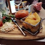venison burger with hand cut chips