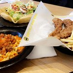 santa fe chicken salad - crispy tenders - Buffalo mac & cheese