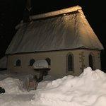 Het oude Adolari kerkje