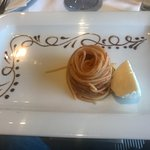 Pasta Neapolitana kom först in som en liten aptitretare, vilket det också var, därefter kom resten i en vacker skål. Fantastiskt gott!