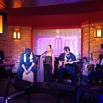 Fat Mo's Restaurant & Music Pub