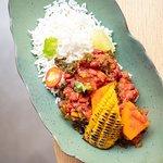 Chile sin carne moniato, kale, fesol vermell i arròs
