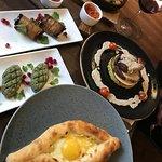 грузинская кухня: хачапури, пхали и киндзмараули